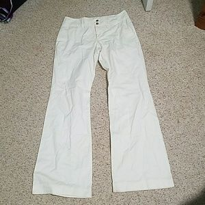 Old.navy white pants